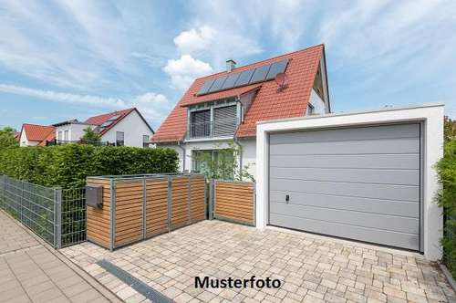 +++ Einfamilienhaus mit Garage +++