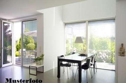 + 3-Zimmer-Wohnung mit TG-Stellplatz +