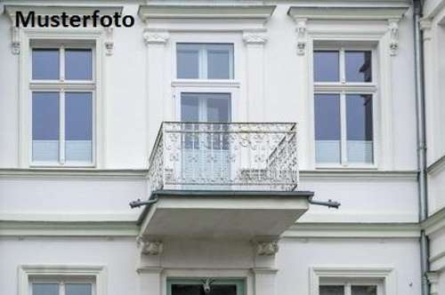 Mehrfamilienhaus - Versteigerungsobjekt