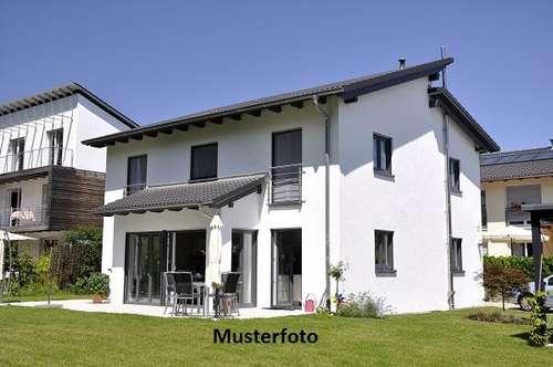 2 Wohnhäuser - Versteigerungsobjekt -