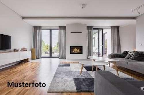+ 4-Zimmer-Wohnung mit TG-Stellplatz +