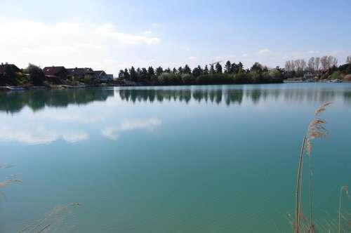 Traumhaftes südseitiges Seegrundstück mit eigenem See-Anteil!