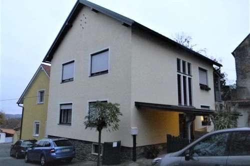 Sofort beziehbares Zuhause - 2 gediegene Wohneinheiten - in Großpetersdorf