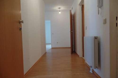 Tageslicht von allen Seiten! St.Pölten Süd - 3 Zimmer + Loggia