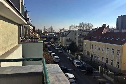 """Schmid Immobilien Management - """"Maisonettewohnung mit 2 Zimmer nächst Hetzendorfer Straße"""""""