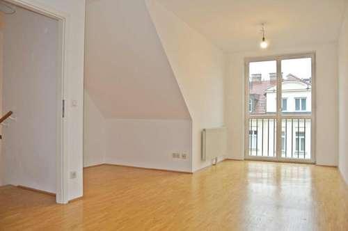 """Schmid Immobilien Management - """"Charmante Maisonettewohnung mit 2 Zimmern in Ruhelage"""""""