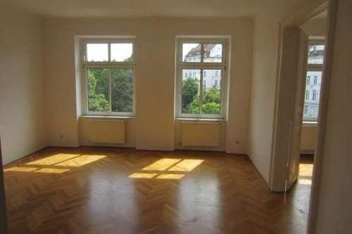 3 Zimmer zentral und Wohnküche!