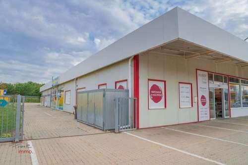 Branchenfreies Geschäftslokal in Fachmarktzentrum