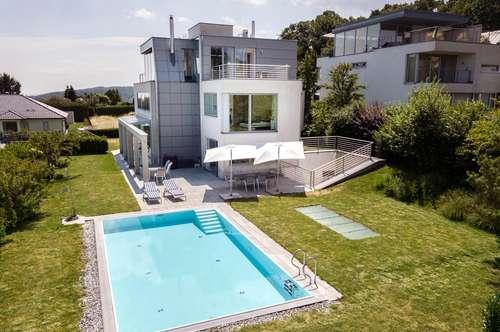 Traumhafte Architektenvilla mit zwei Pools, Lift und Wienblick