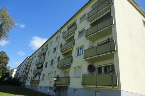 Sonnige, Zentrale Wohnung mit Balkon