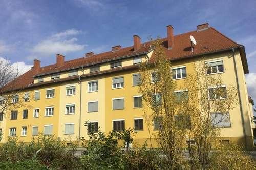 NEU sanierte Wohnung in zentraler Lage