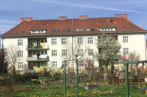 Familiengerechte Wohnung mit Balkon und Parkplatz