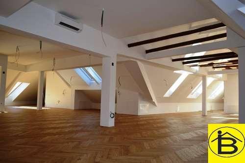 12900 Nähe Rathausplatz - geräumige Büroflächen