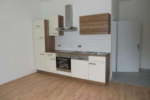 13055 Neu sanierte Wohnung