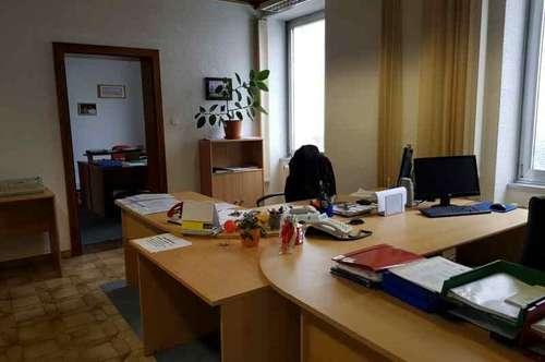 12323 - 4-Zimmer Büro Nähe der Josefskirche zu vermieten!