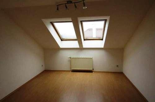 12556 - Gepflegte 2 Zimmer Altbauwohnung in Herzogenburg zu vermieten!