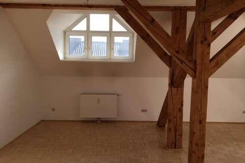 2-Zimmer Dachgeschoßwohnung - Provsionsfrei !