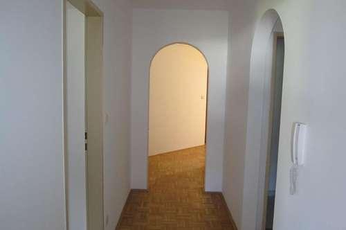 3-Zimmer Wohnung in Treffen! Provisonsfrei !