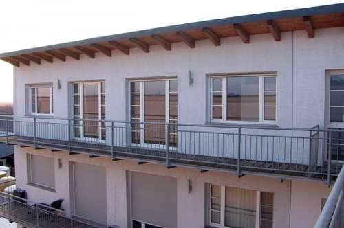 2-Zimmer-Wohnung im DG mit 22 m² Balkon direkt in Neusiedl!