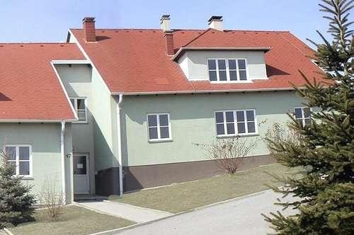 Dachgeschoß-Mietwohnung in Pulkau, NEU RENOVIERT!!!