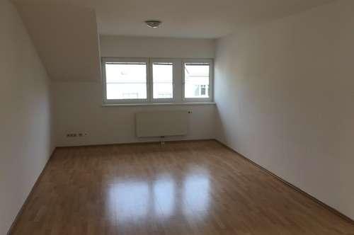 Dachgeschosswohnung in Neusiedl ab sofort