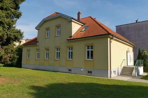 Renoviertes Zinshaus mit 3 Wohneinheiten !!