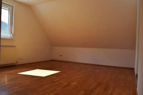 2-Zimmer Single- oder Pärchenwohnung