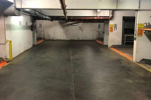 Zentraler Garagenplatz in der Zinckgasse 13
