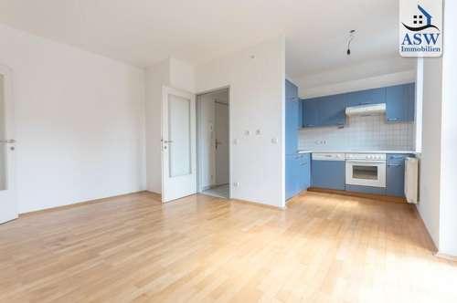Charmante, lichtdurchflutete 2-Zimmer Wohnung am Fuße des Ruckerlberges nahe Schillerplatz