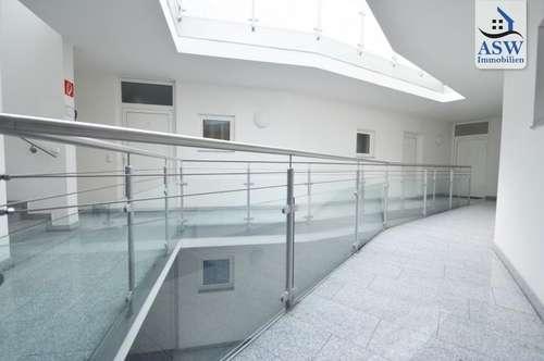 ERSTBEZUG! REDUZIERTER PREIS! Moderne Dachgeschoßwohnung mit Balkon und Terrasse, Nähe Bulgariplatz
