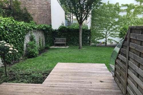 Neu renovierte Wohnung mit Terrasse ins Grüne!