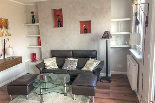 Luxuriös möblierte Wohnung mit charmantem Wintergarten - in Uni-Nähe
