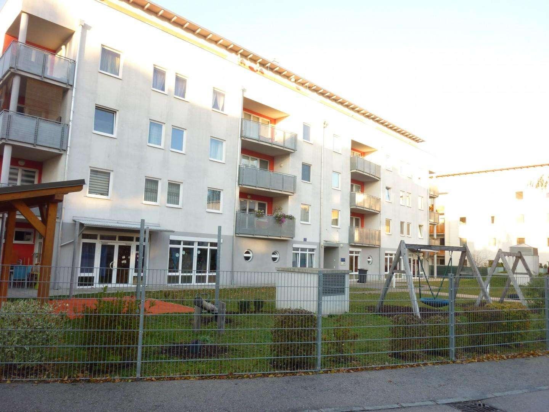 Geförderte 3-Zimmer Genossenschaftswohnung mit 8,30m² Loggia - unbefristet (Miete inkl. Heizkosten)