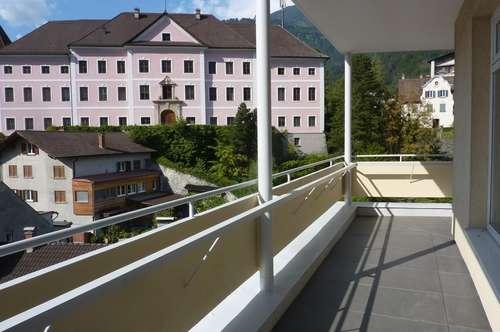 COOLE WOHNUNG MIT PANORAMABLICK