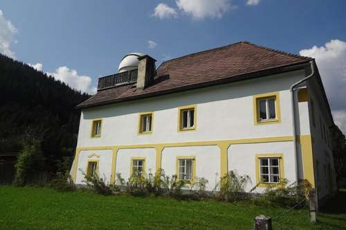besonderes Herrenhaus mit Sternwarte