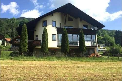 Zweifamilienwohnhaus auch zur Appartement- oder Privatzimmervermietung geeignet