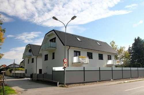 UNTERWALTERSDORF PASSIVHAUS (A++) 145 m² + 2 Balkone + 2 KFZ-Plätze, Terrasse und Eigengarten. Luftwärmepumpe, Fußbodenheizung