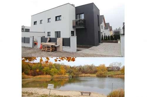 Doppelhaushälfte auf 3 Ebenen (mit Wohnkelleretage) 8 Räume 203 m² NFL, + 108 m² Garten + 18,35 m² Gartenterrasse. 2 KFZ-Stellplätze, Klima, Luftwärmepumpe f. Kühlen und Heizen