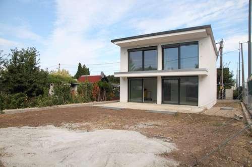 Carlbergergasse: Erstbezug! Einfamilienhaus auf 3 Ebenen (mit Wohnkeller) 284 m² Eigengrund