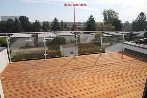 Doppelhaushälfte auf 3 Ebenen - Dachterrasse mit SÜD-OST-Naturfernblick über einen Badeort (Badeplätze)