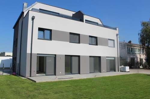 Neubau: 115 m² Wohnfläche, 250 m² Garten mit Terrasse