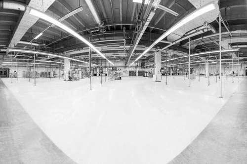 zentrumsnahe Produktions- und Lagerhallen mit Büro