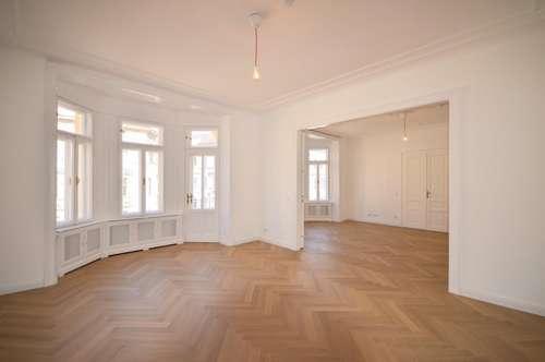 Exklusive Altbauwohnung mit 7 Zimmern