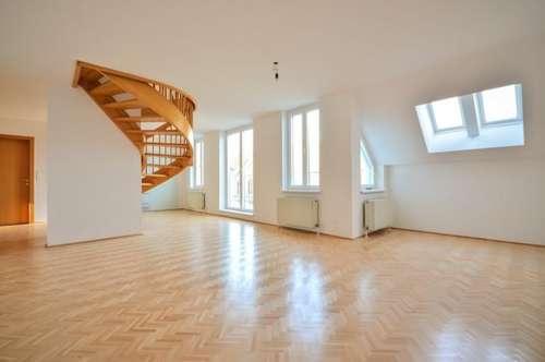 Helle 5-Zimmer DG-Wohnung mit 2 Terrassen