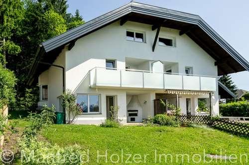 Wunderschöne Doppelhaushälfte mit Traumgarten!