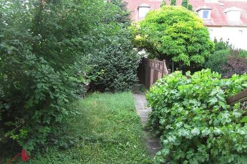 Exclusiv renoviertes Reihenhaus mit schönem Garten