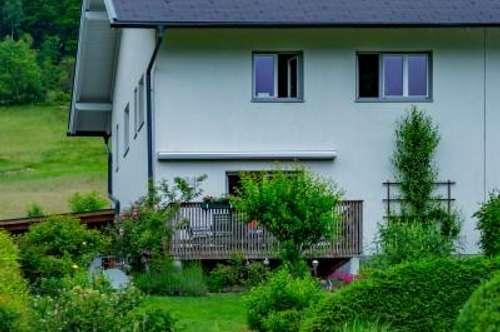 Haus mit Panoramablick in Unterach zu kaufen