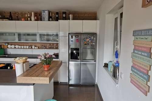 """Moderne Traumhafte Doppelhaushälfte nur 10 km bis Wien - 5 Zimmer 162m² Wfl.- """"Eigengrund"""""""