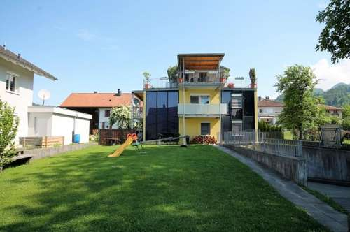Geräumige 4-Zimmerwohnung mit 2 Balkonen