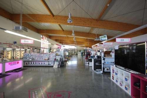 Fachhandel in guter Lage in 2452 Mannersdorf am Leithagebirge mit exklusiver Dachterrassen Wohnung!